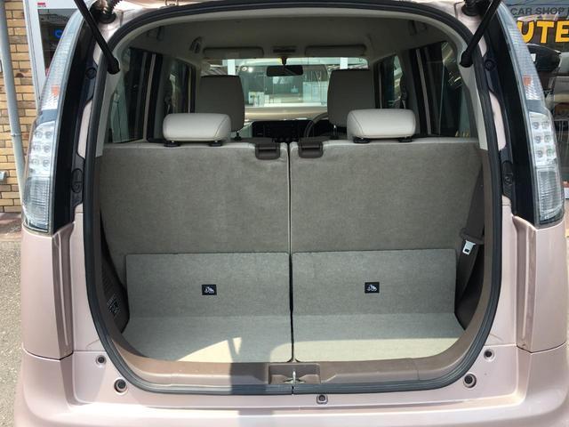 フル人数乗車時でも荷物を積むスペースが確保されているので安心です!