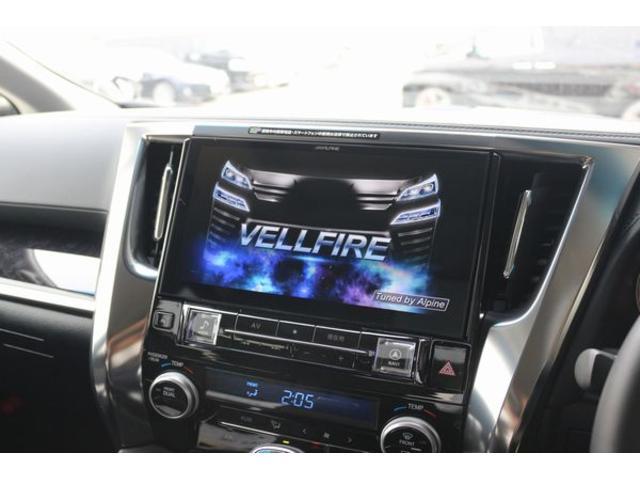 ALPINE製の車種専用設計大画面11インチナビ搭載っも可能!!純正同等のフィッティングで、映像も鮮明になっております!大画面で使いやすい、贅沢内ナビで快適なカーライフを!!