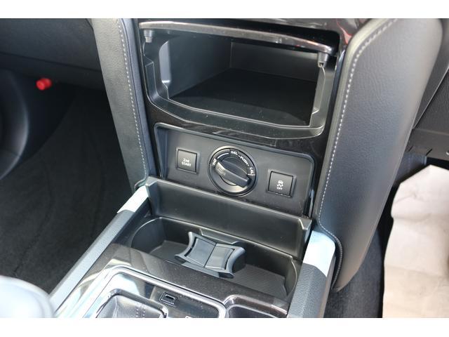 TX Lパッケージ・ブラックエディション ムーンルーフ クリアランスソナー ルーフレール 新車 5人 黒革シート(17枚目)