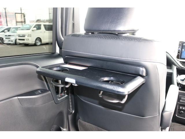 ZS 煌III 両側パワースライドドア 衝突回避支援 ハーフレザーシート 後席オートエアコン インテリジェントクリアランスソナー 7人乗り USB 新車(28枚目)