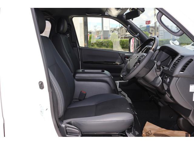 スーパーGL ダークプライムII AC100V電源 両側スライドドア ミュージックサーバー付きナビ地デジ ハーフレザーシート バックカメラ 小窓付き ディーゼルターボ 新車 6型(19枚目)