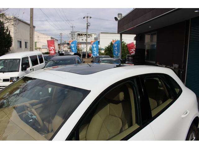 「ポルシェ」「ポルシェ マカン」「SUV・クロカン」「愛知県」の中古車10