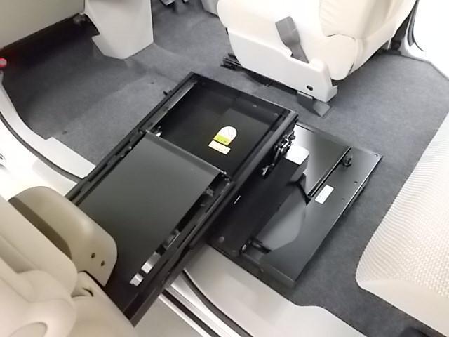 ダイハツ タント ウェルカムシート X SAIII-A