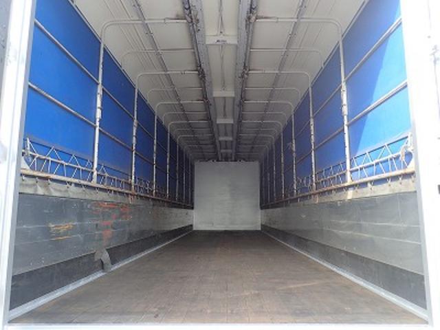 日野 プロフィア 荷台長9.97m幅2.41m高2.47m ショートキャブ