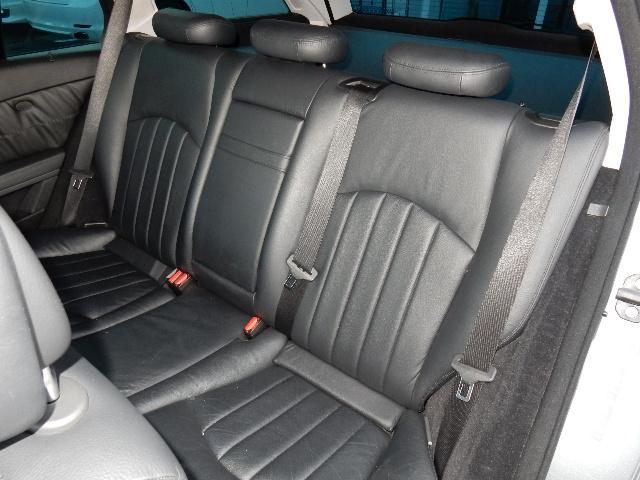 メルセデス・ベンツ M・ベンツ E300 ステーションワゴン 後期タイプ 本革 サンルーフ