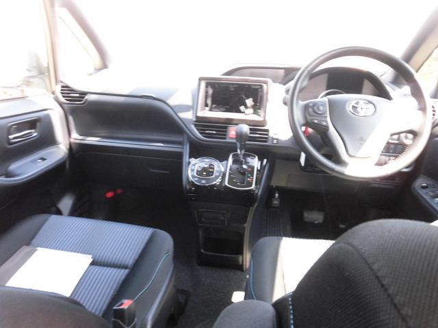 トヨタ ヴォクシー ZS 煌II アイドリングストップ スマートキー LED