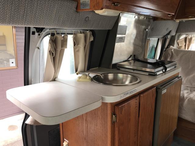 フォード フォード エコノライン エアストリーム170 キャンピング 冷蔵庫シンク Bカメラ