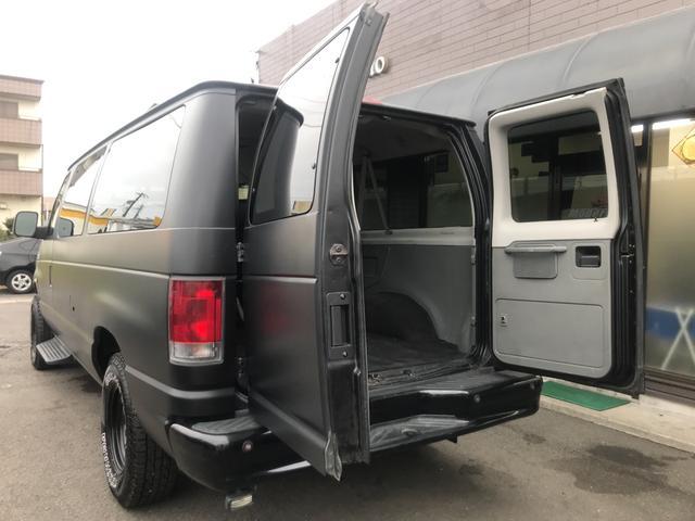 「フォード」「フォード エコノライン」「ミニバン・ワンボックス」「愛知県」の中古車23