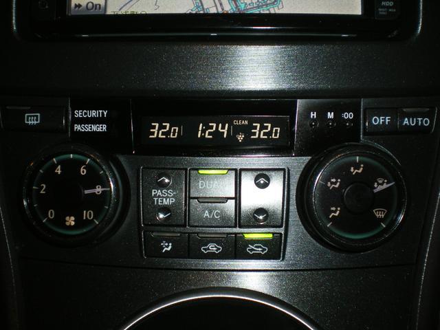 トヨタ マークXジオ 240F 4WD