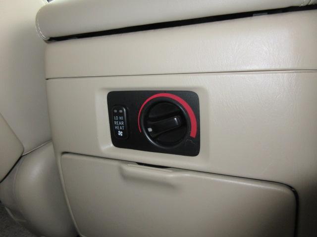 「トヨタ」「ランドクルーザー100」「SUV・クロカン」「岐阜県」の中古車17