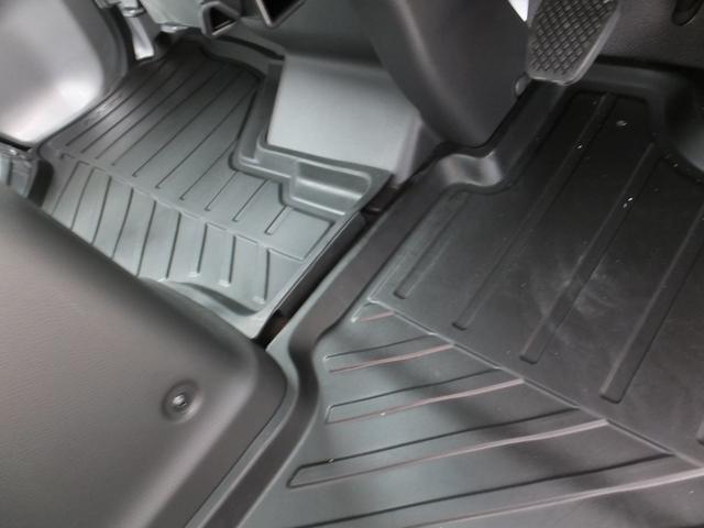アタック MT車 4WD タウン キーレス パワーウインドウ エアコン パワステ 純正オーディオ フロアマット ドアバイザー 運転席エアバック ABS(9枚目)