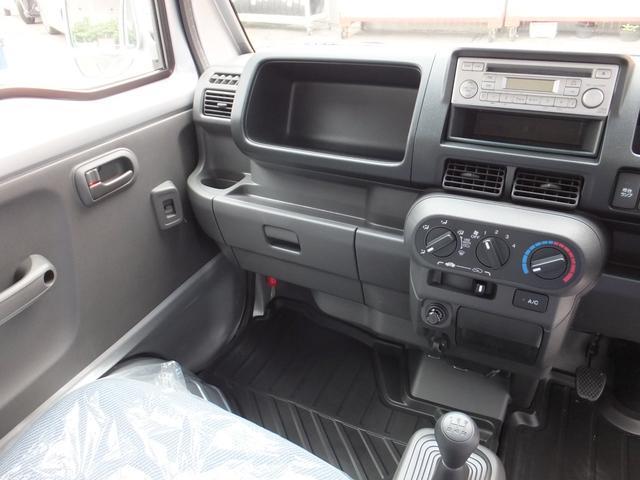 アタック MT車 4WD タウン キーレス パワーウインドウ エアコン パワステ 純正オーディオ フロアマット ドアバイザー 運転席エアバック ABS(11枚目)