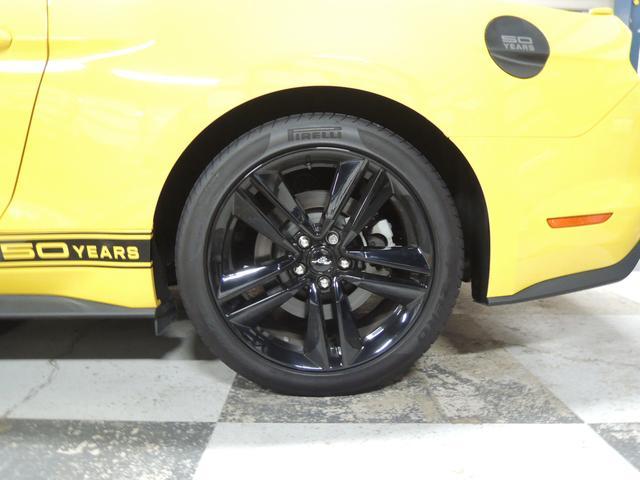 フォード フォード マスタング 50イヤーズ エディション エコブースト 限定車 革シート