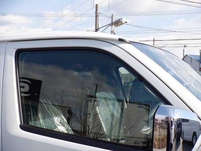 4WD/寒冷地仕様/セーフティセンス/ESSEX EX16inAW/Wエアバッグ/LEDヘッドライト/ステアリングリモコン/スマートキー/TRDマッドフラップ/トラクションコントロール