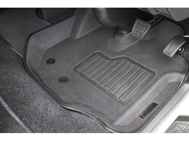 スーパーGL ダークプライムII 新車未登録/Valenti LEDヘッド/モデリスタエアロ/ESSEX 17inAW/パノラミックビューM/デジタルインナーM/両側パワースライド/トヨタセーフティーセンス/AC100V電源(72枚目)