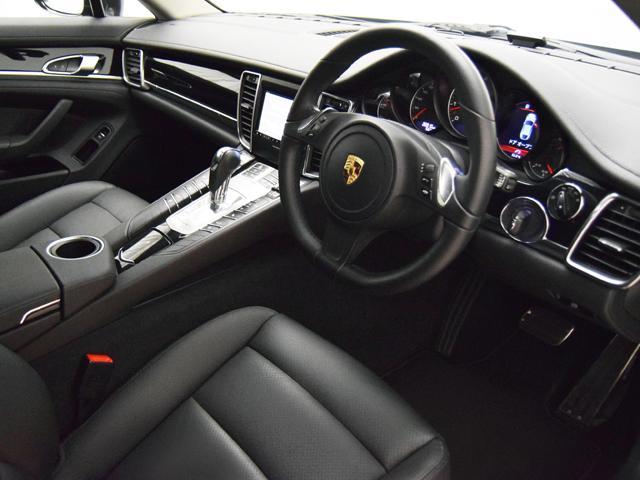 ポルシェ ポルシェ パナメーラ V6 PDK ターボII19インチAW 黒革シート 禁煙車