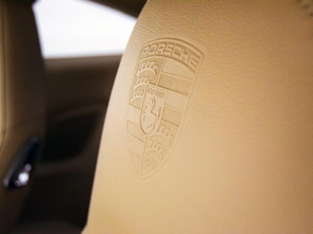 ポルシェ ポルシェ 911カレラS スポーツクロノPKG ベージュ革