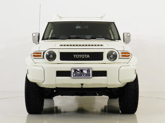 LA. Metal White SP 4X4  新車並行(3枚目)