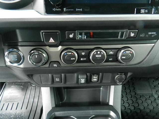 D-Cab TRDオフロード 4X4 TSS-P Bカメラ(18枚目)