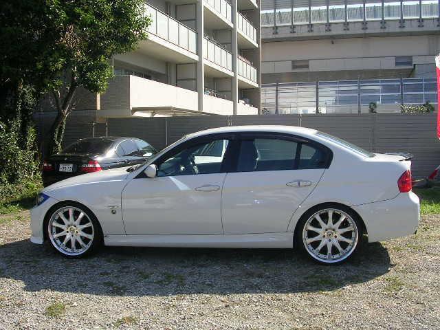 BMW BMW 320i Mスポーツ 地デジ HDDナビ アルミ HID