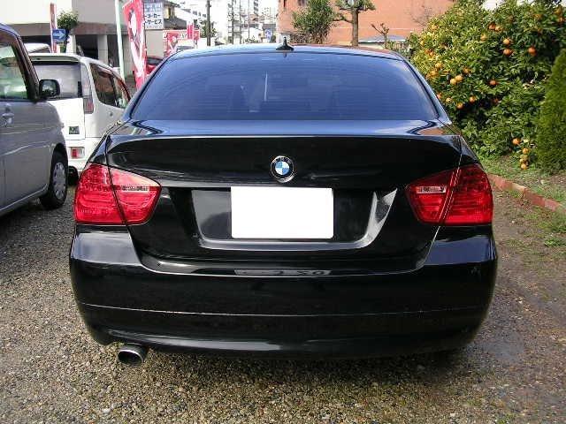 BMW BMW 320i 正規ディーラー車 ナビ ETC 18インチAW