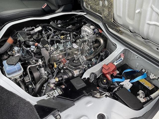 スーパーGL ダークプライムII 新車未登録 両側電動スライドドア デジタルインナーミラー マルチビューモニター LEDヘッド スマートキー プッシュスタート 助手席エアバック 100V電源 セーフティーセンス オートハイビーム(18枚目)