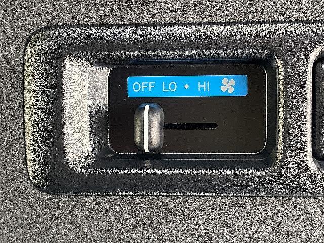 スーパーGL ダークプライムII 新車未登録 デジタルインナーミラー 両側電動スライド LEDヘッド マルチビューモニター 100V電源 寒冷地 スマートキー プッシュスタート 助手席エアバック クリアランスソナー(37枚目)