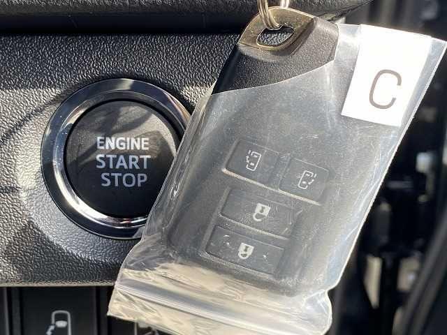 スーパーGL ダークプライムII 新車未登録 両側電動スライドドア マルチビューモニター デジタルインナーミラー クリアランスソナー スマートキー LEDヘッド 100V電源 助手席エアバック フォグランプ リアクーラー リアヒーター(9枚目)