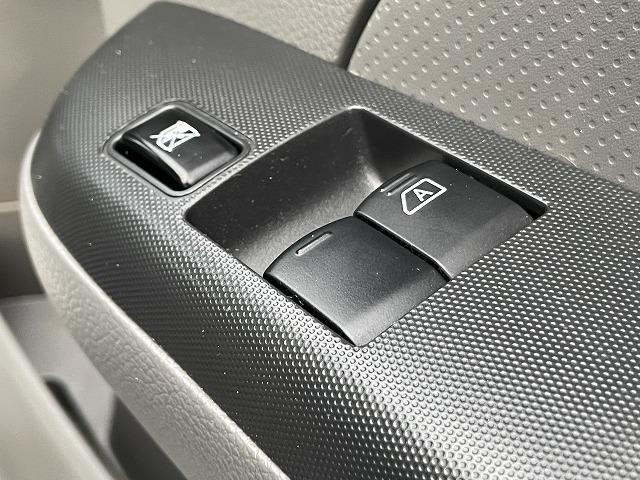 DX EXパック SDナビ Bluetooth エマージェンシーブレーキ キーレス 両側スライドドア パワーウインドウ ディーゼル(31枚目)