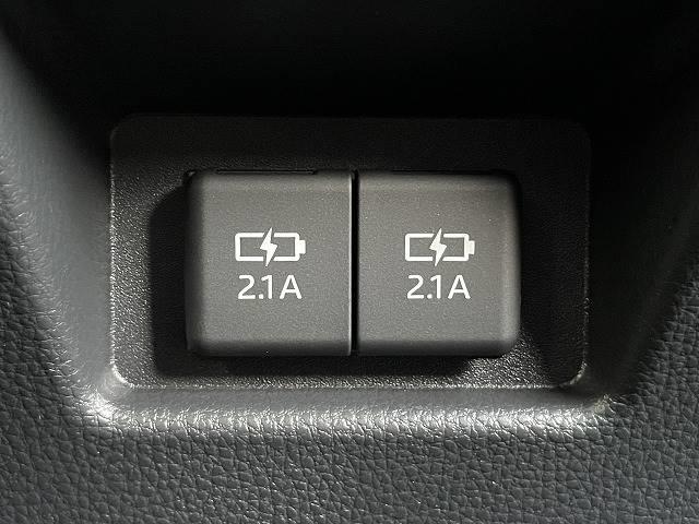 S 新車未登録 Dオーディオ トヨタセーフティセンス バックカメラ コーナーセンサー レーダークルコン レーンキープ オートマチックハイビーム LEDヘッドライト USBコンセント(9枚目)