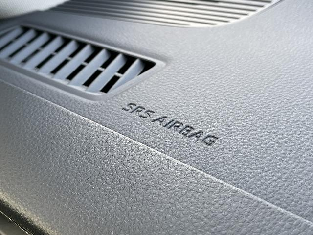S 新車未登録 Dオーディオ トヨタセーフティセンス バックカメラ コーナーセンサー レーダークルコン レーンキープ オートマチックハイビーム LEDヘッドライト USBコンセント(49枚目)