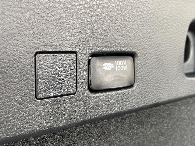 プレミアム スタイルノアール BIG-X サンルーフ 三眼LEDヘッドライト レーダークルーズコントロール スマートキー AC100V ステアリングリモコン パワーバックドア(12枚目)