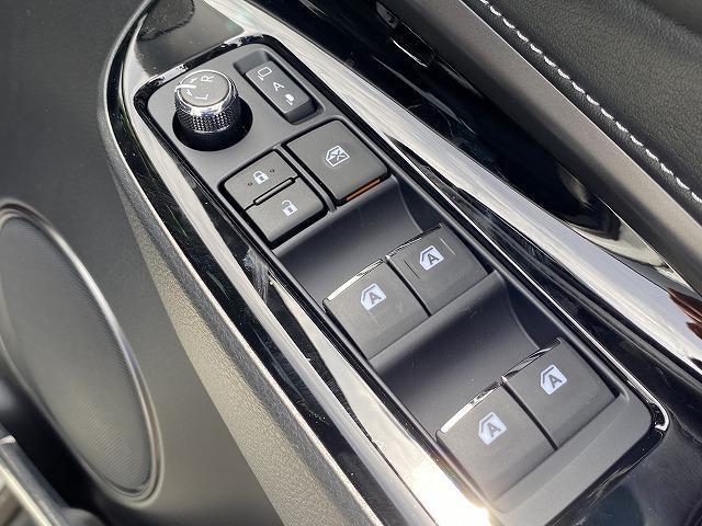 プレミアム スタイルノアール BIG-X サンルーフ 三眼LEDヘッドライト レーダークルーズコントロール スマートキー AC100V ステアリングリモコン パワーバックドア(31枚目)