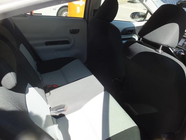 トヨタ アクア S Bluetooth対応フルセグナビ ヒーターシート
