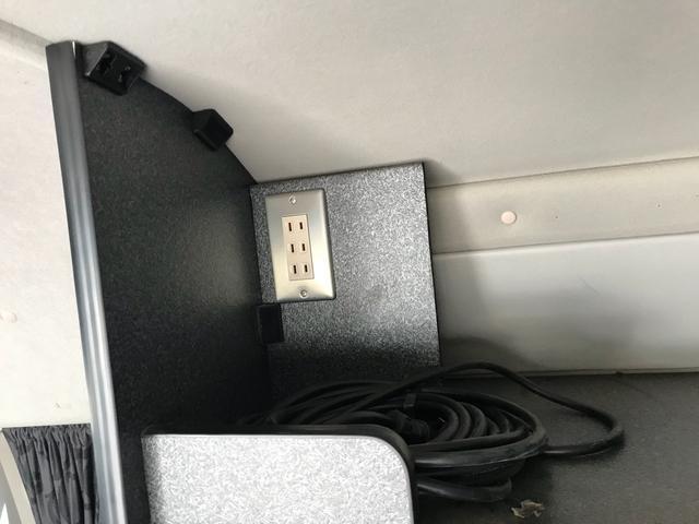 Sロング4WD 走行充電装置 サブバッテリー 車中泊仕様(8枚目)