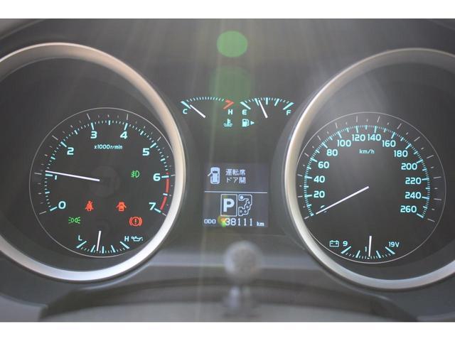 左ハンドル 5700CCサンルーフ革シート新車並行車(17枚目)