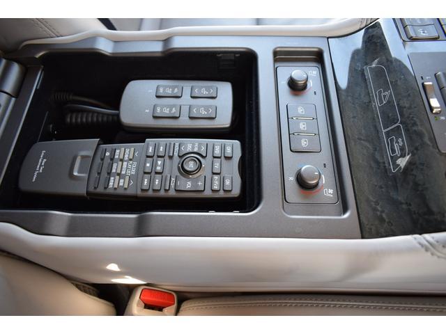 LS600hL エアサス4本交換済み リアエンターテイメント 白革シート HDD地デジフルセグ ロングボディー マークレビンソン 3面サンシェード(15枚目)