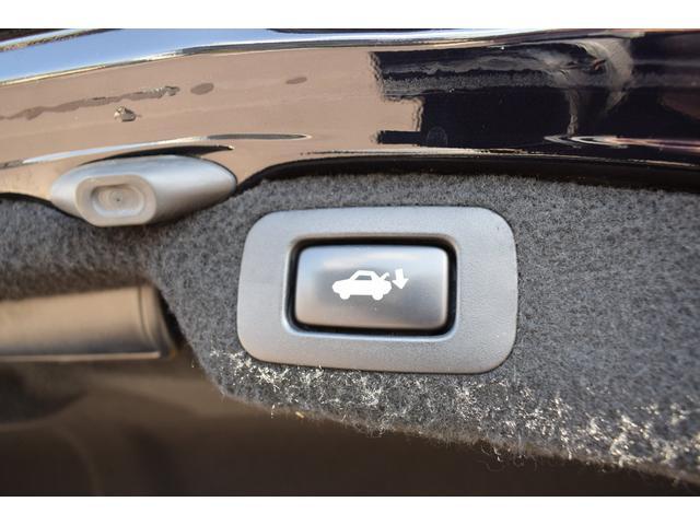 LS600hL エアサス4本交換済み リアエンターテイメント 白革シート HDD地デジフルセグ ロングボディー マークレビンソン 3面サンシェード(29枚目)