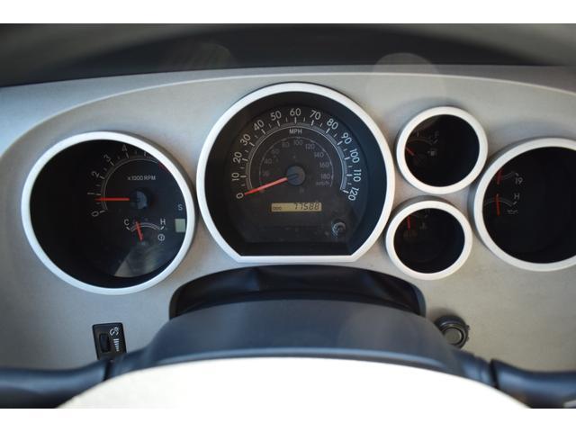 クルーマックス 2007年モデル リフトアップ 新品20インチタイヤホイール 新品ヘッドライト 新品テール 新品オーバーフェンダー 革シート 地デジナビ バイパーセキュリティ エンジンスターター(14枚目)