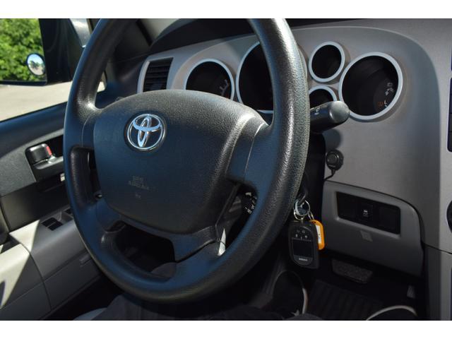 クルーマックス 2007年モデル リフトアップ 新品20インチタイヤホイール 新品ヘッドライト 新品テール 新品オーバーフェンダー 革シート 地デジナビ バイパーセキュリティ エンジンスターター(27枚目)