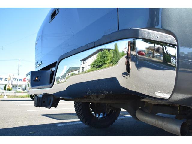 クルーマックス 2007年モデル リフトアップ 新品20インチタイヤホイール 新品ヘッドライト 新品テール 新品オーバーフェンダー 革シート 地デジナビ バイパーセキュリティ エンジンスターター(39枚目)