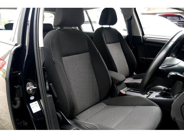 フォルクスワーゲン VW ゴルフ TSIトレンドラインブルーモーションテクノロジー 社外ナビ