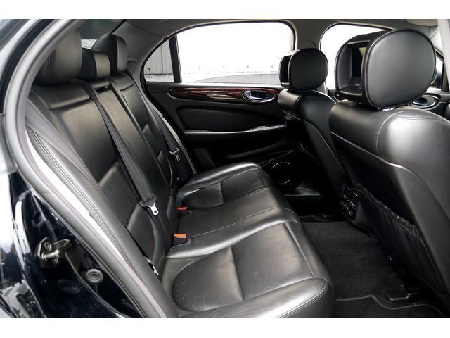 ジャガー ジャガー XJ8 3.5 正規D車 黒革シート サンルーフ モニター
