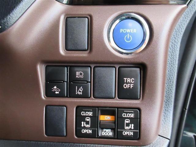 トヨタセフテイセンス、両側電動スライドドア付きです。