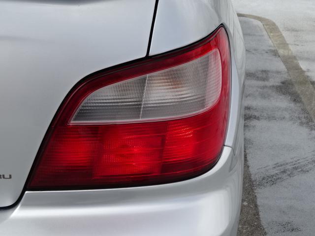 運転席側テールランプになります!レンズには割れもございません!