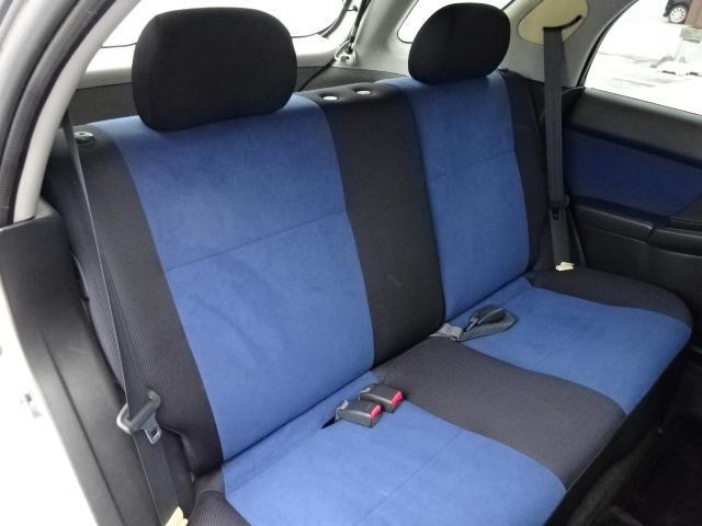 リア席はほとんど使用されていない様子の状態!