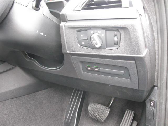 BMW BMW 118dスタイル パーキングP コンフォートP 純HDDナビ