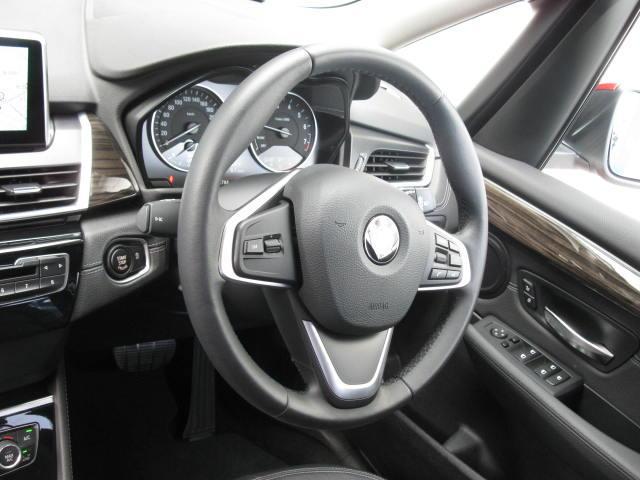 BMW BMW 218iアクティブツアラーLXアドバンスドパーキングP地デジ