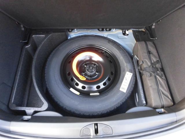 スペアタイヤ付き!万一のときもスペアタイヤ付きなら安心です。