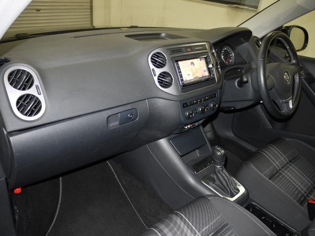 「フォルクスワーゲン」「VW ティグアン」「SUV・クロカン」「愛知県」の中古車64